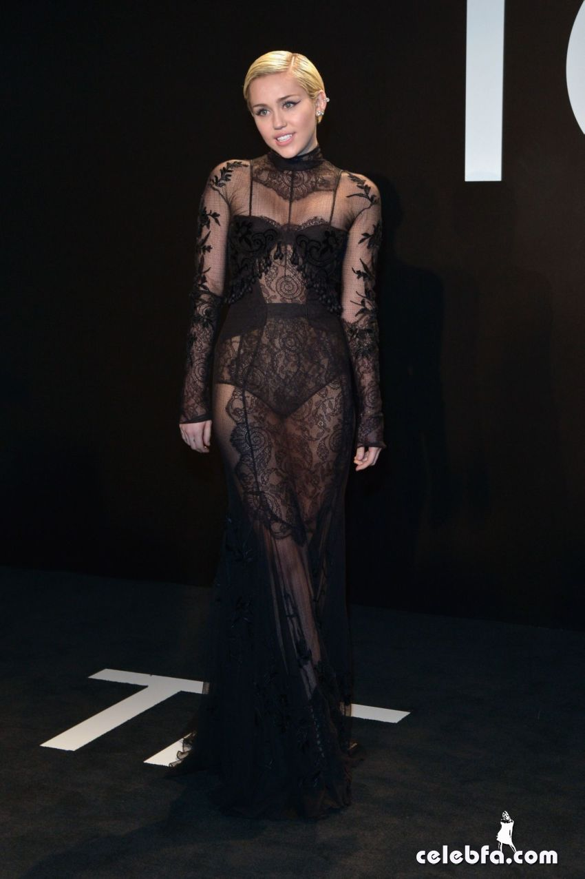 miley-cyrus-tom-ford-autumn-winter-2015-womenswear-collection (2)