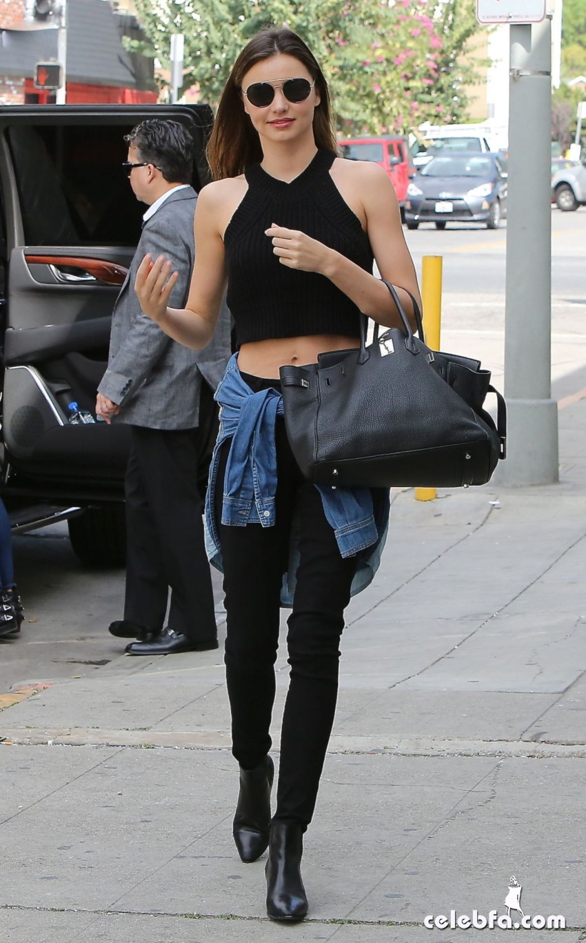 miranda-kerr-out-and-about-in-santa-monica (1)