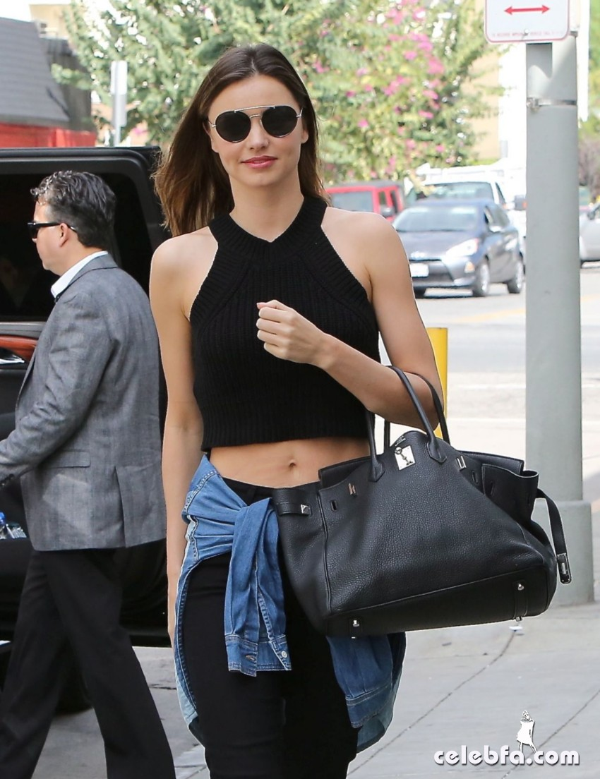 miranda-kerr-out-and-about-in-santa-monica (4)