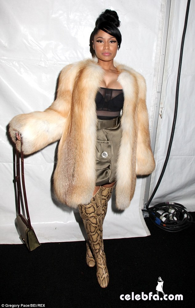 Nicki-Minaj-NYFW-Marc-Jacobs (1)