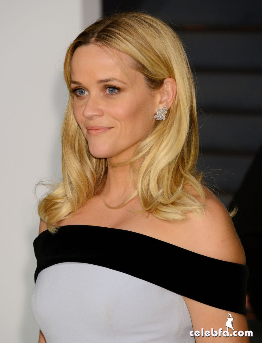 reese-witherspoon-at-vanity-fair-oscar-party-in-hollywood_2