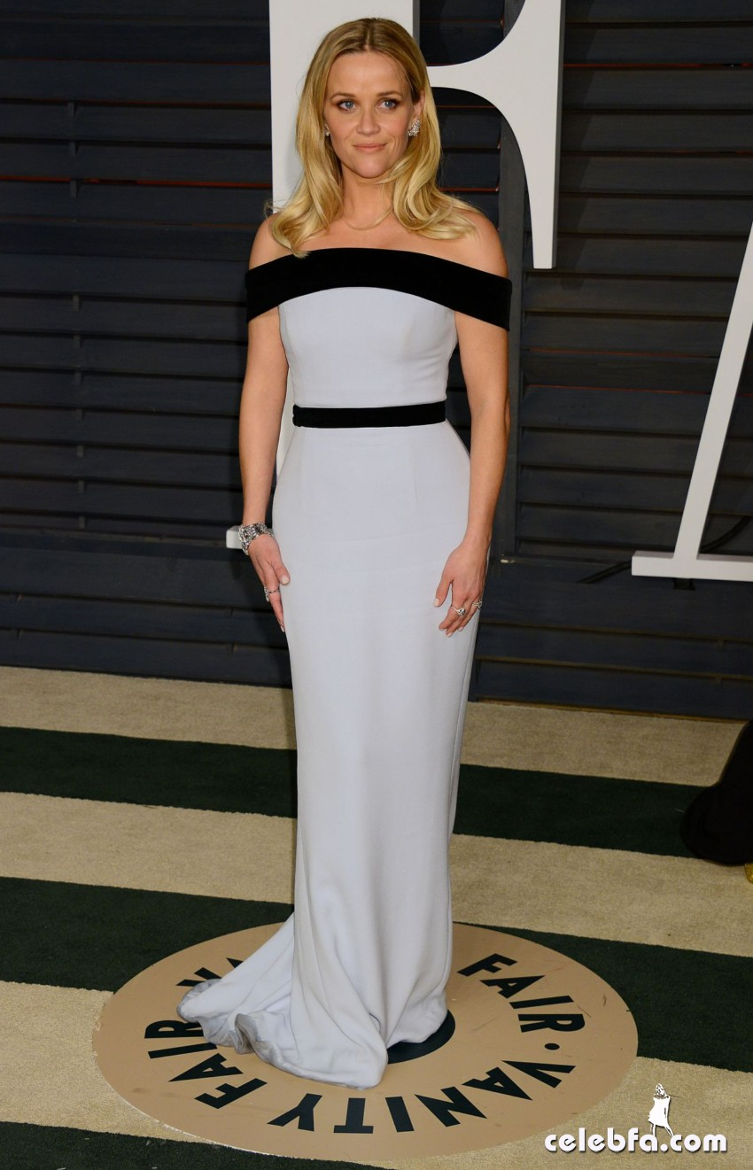 reese-witherspoon-at-vanity-fair-oscar-party-in-hollywood_9