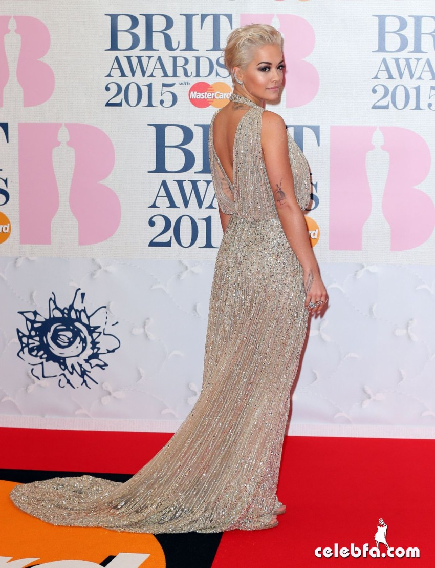 rita-ora-at-brit-awards-2015-in-london (2)