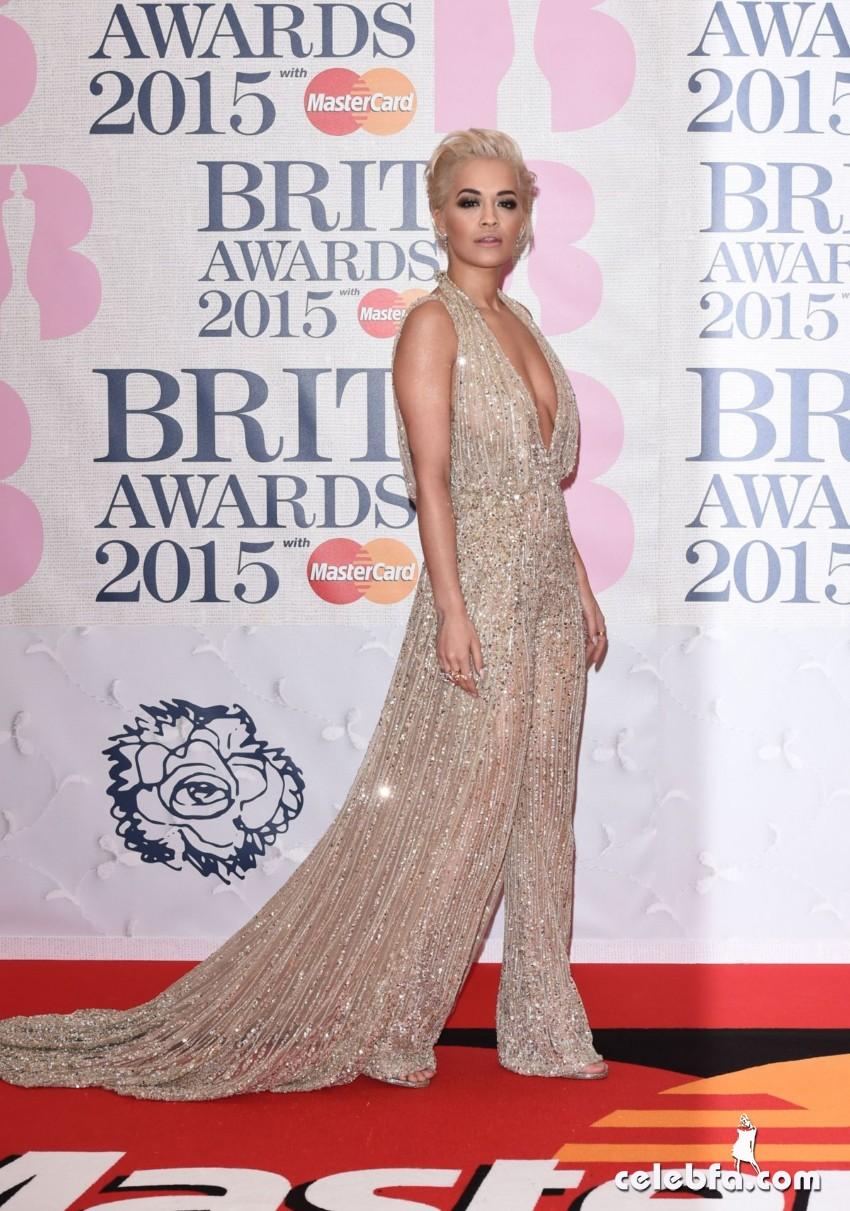 rita-ora-at-brit-awards-2015-in-london (8)