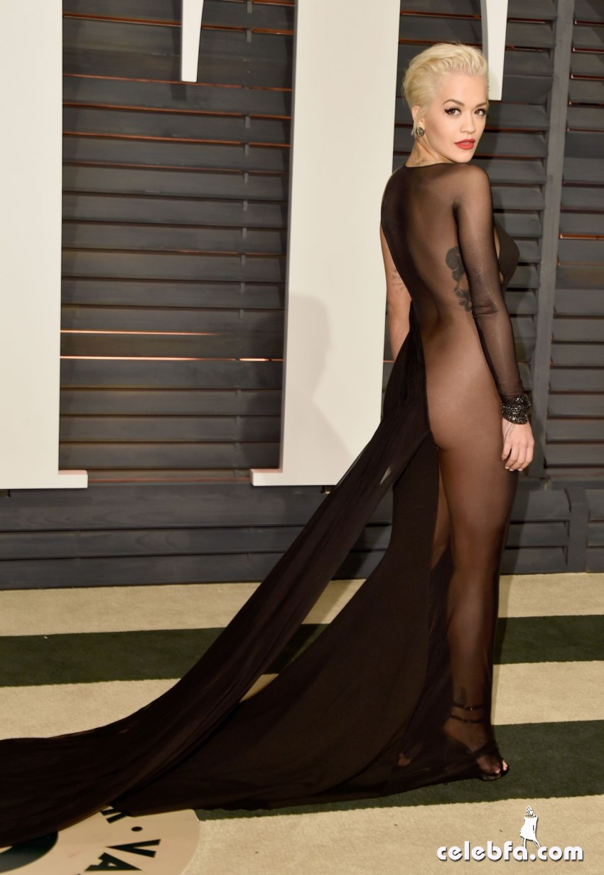 rita-ora-at-vanity-fair-oscar-party (6)