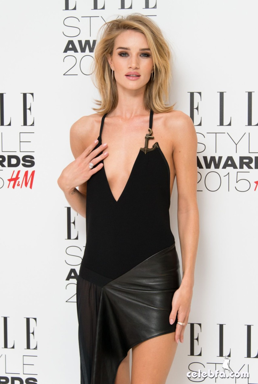 rosie-huntington-whiteley-2015-elle-style-awards-in-london (1)