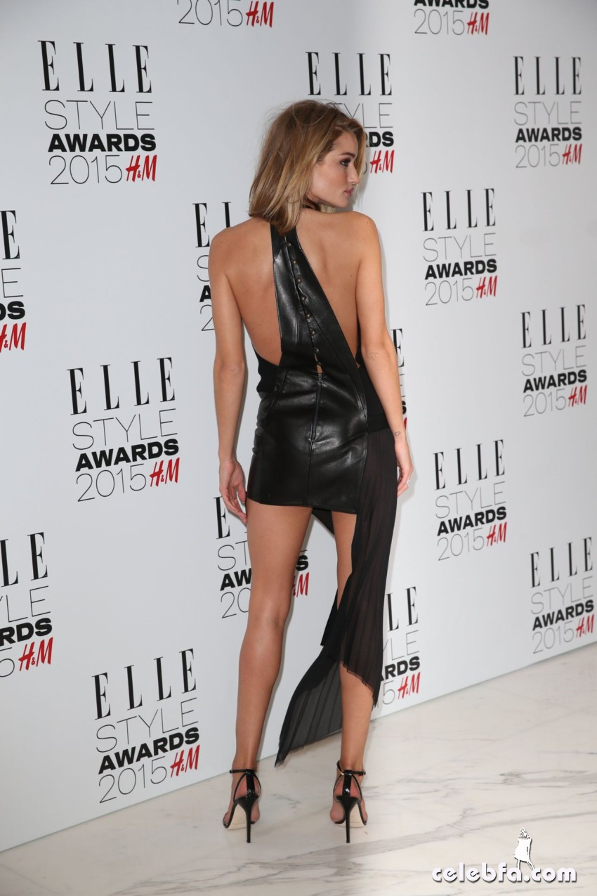 rosie-huntington-whiteley-2015-elle-style-awards-in-london_21