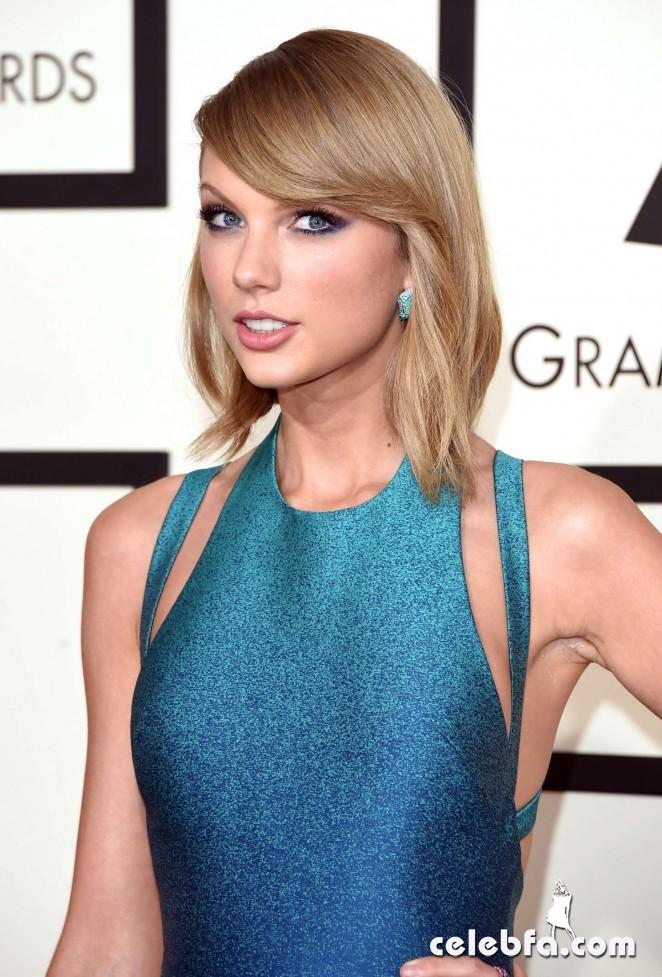 Taylor-Swift_-2015-GRAMMY-Awards (5)