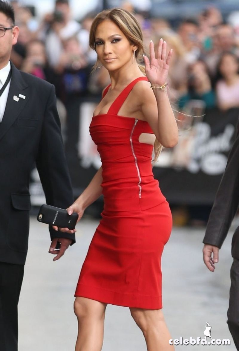 jennifer-lopez-arrives-at-jimmy-kimmel-live-in-hollywood (2)