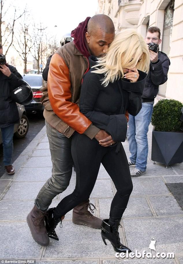 Kim-Kardashian-Kanye-Paris (10)