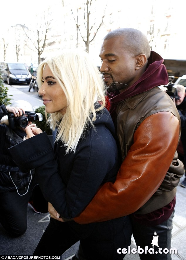 Kim-Kardashian-Kanye-Paris (13)