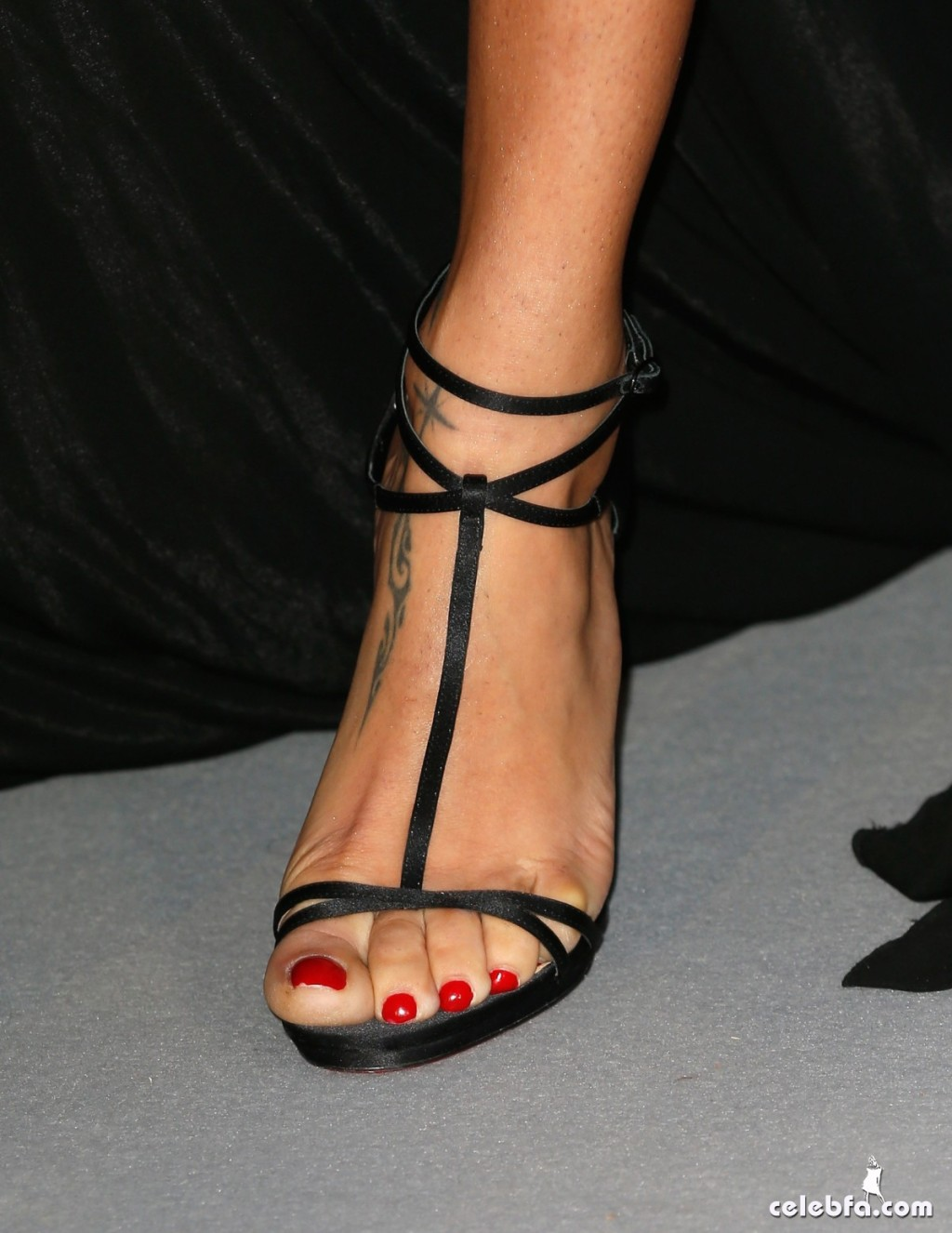 Adriana lima_amfAR's Cannes Gala (4)