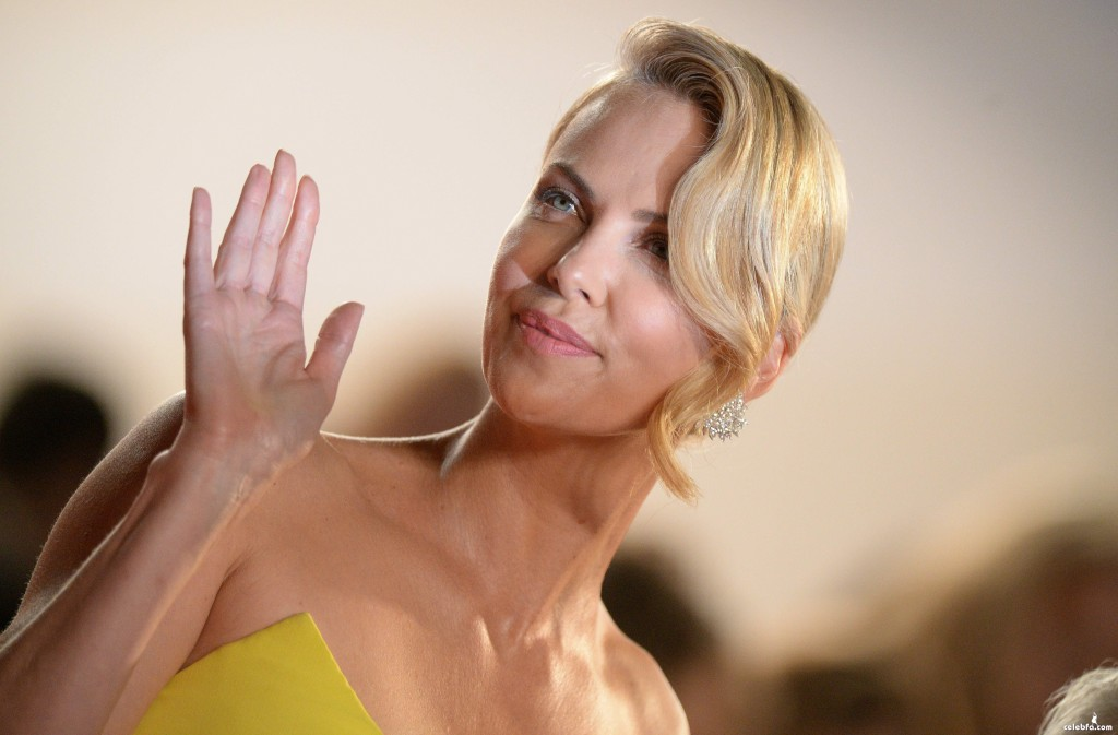 Charlize_Theron__Mad_Max_Fury_Road_Cannes (2)