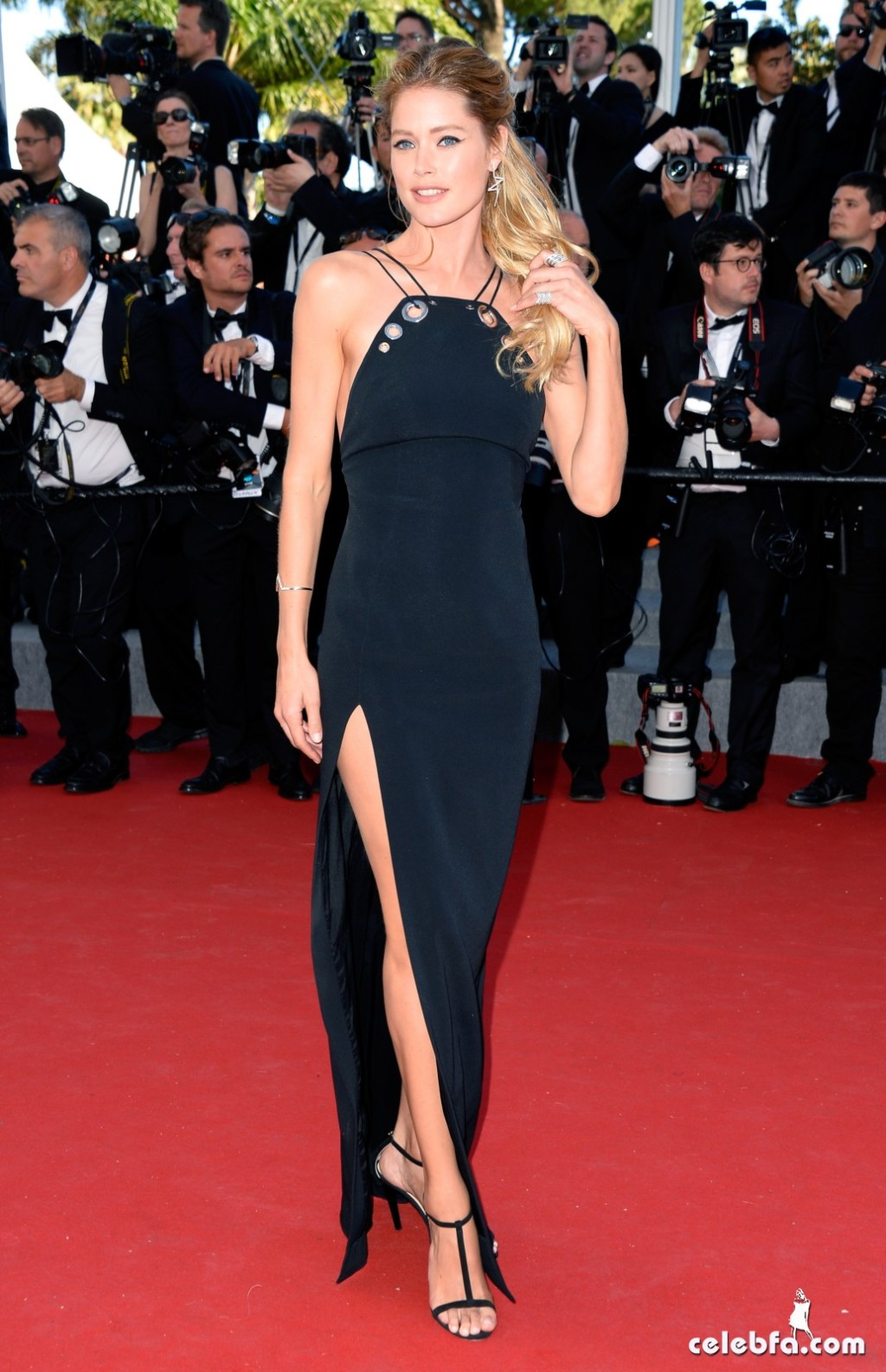 Doutzen Kroes at the Youth  Cannes Film Festival (6)