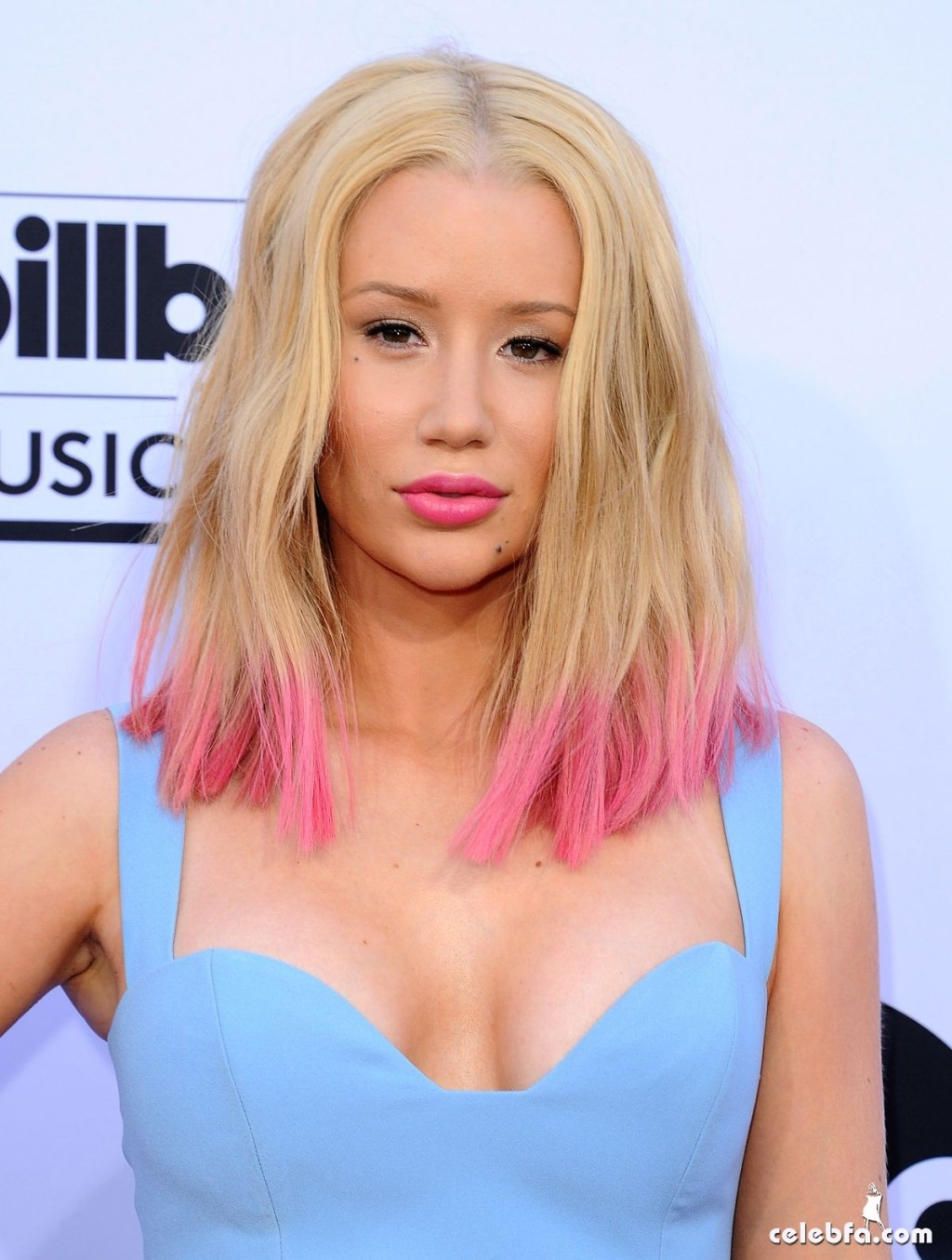 IGGY AZALEA at 2015 Billboard Music Awards (1)