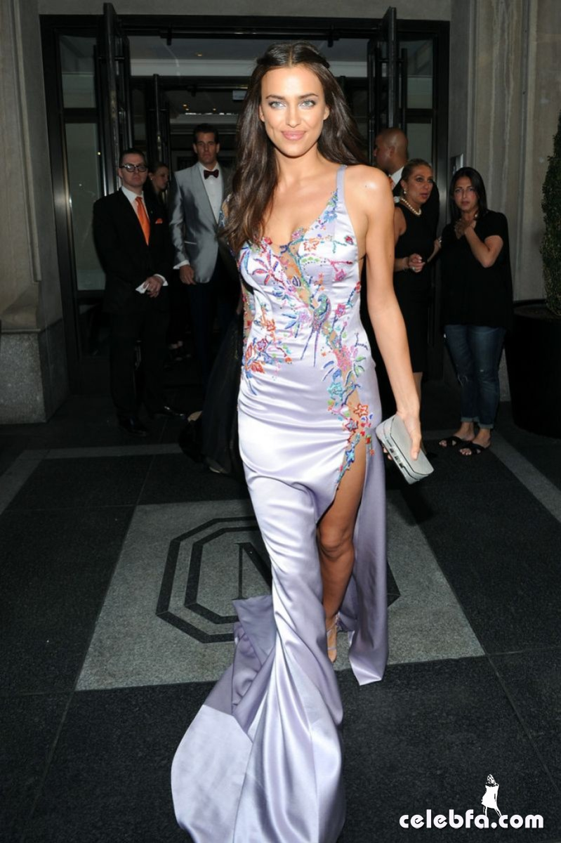 irina-shayk-at-met-gala-2015 (2)