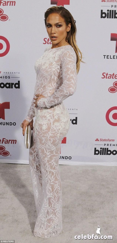 Jennifer Lopez  at Billboard Latin Music Awards 2015  (2)