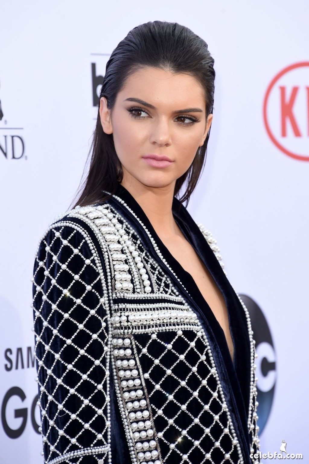 kendall-jenner-at-2015-billboard-music-awards (10)