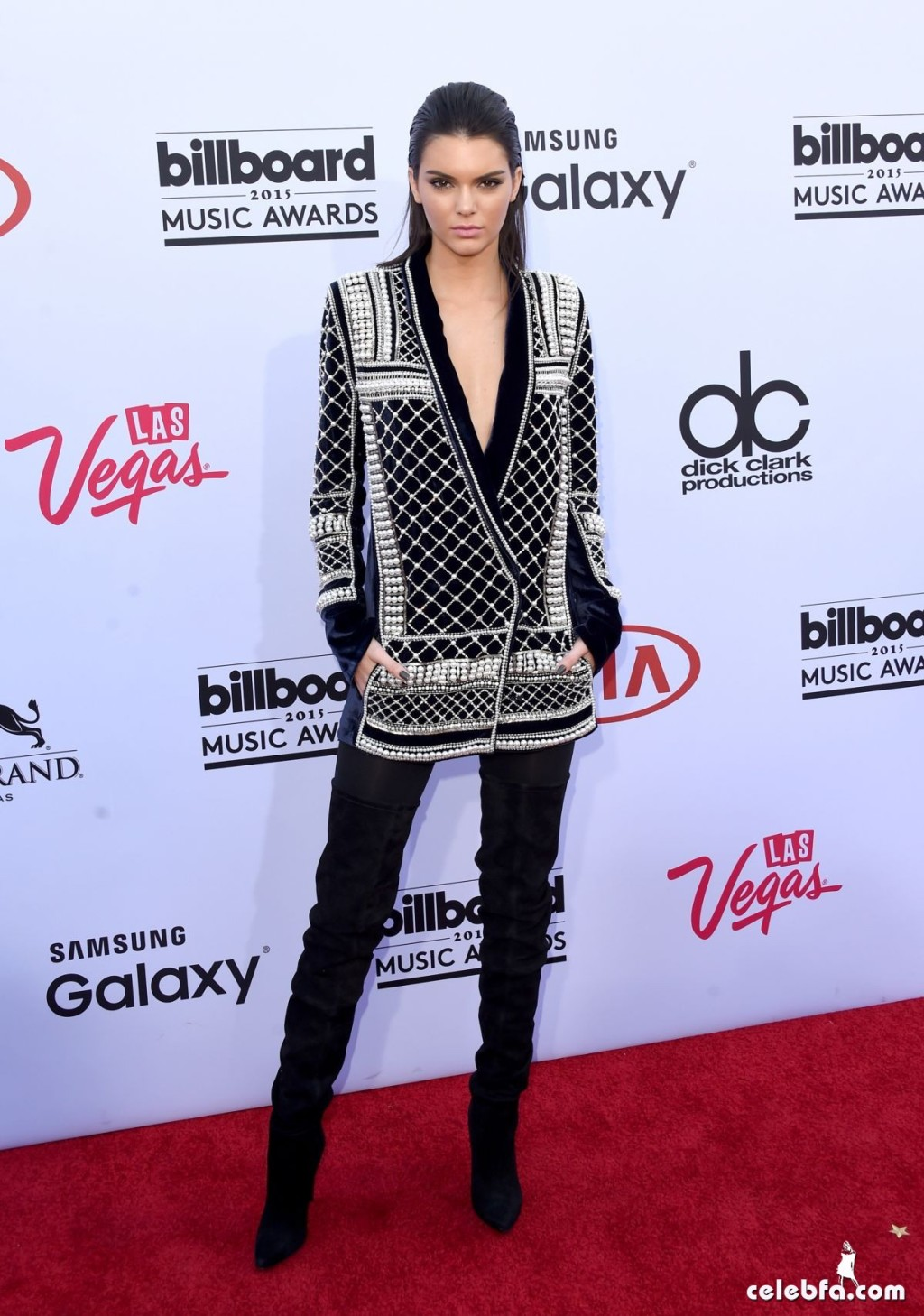 kendall-jenner-at-2015-billboard-music-awards (12)