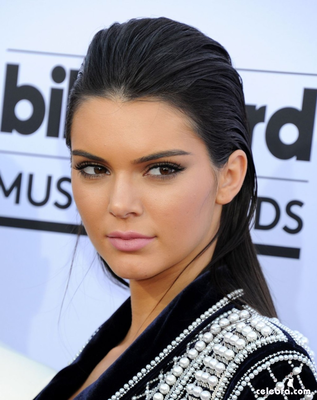 kendall-jenner-at-2015-billboard-music-awards (2)