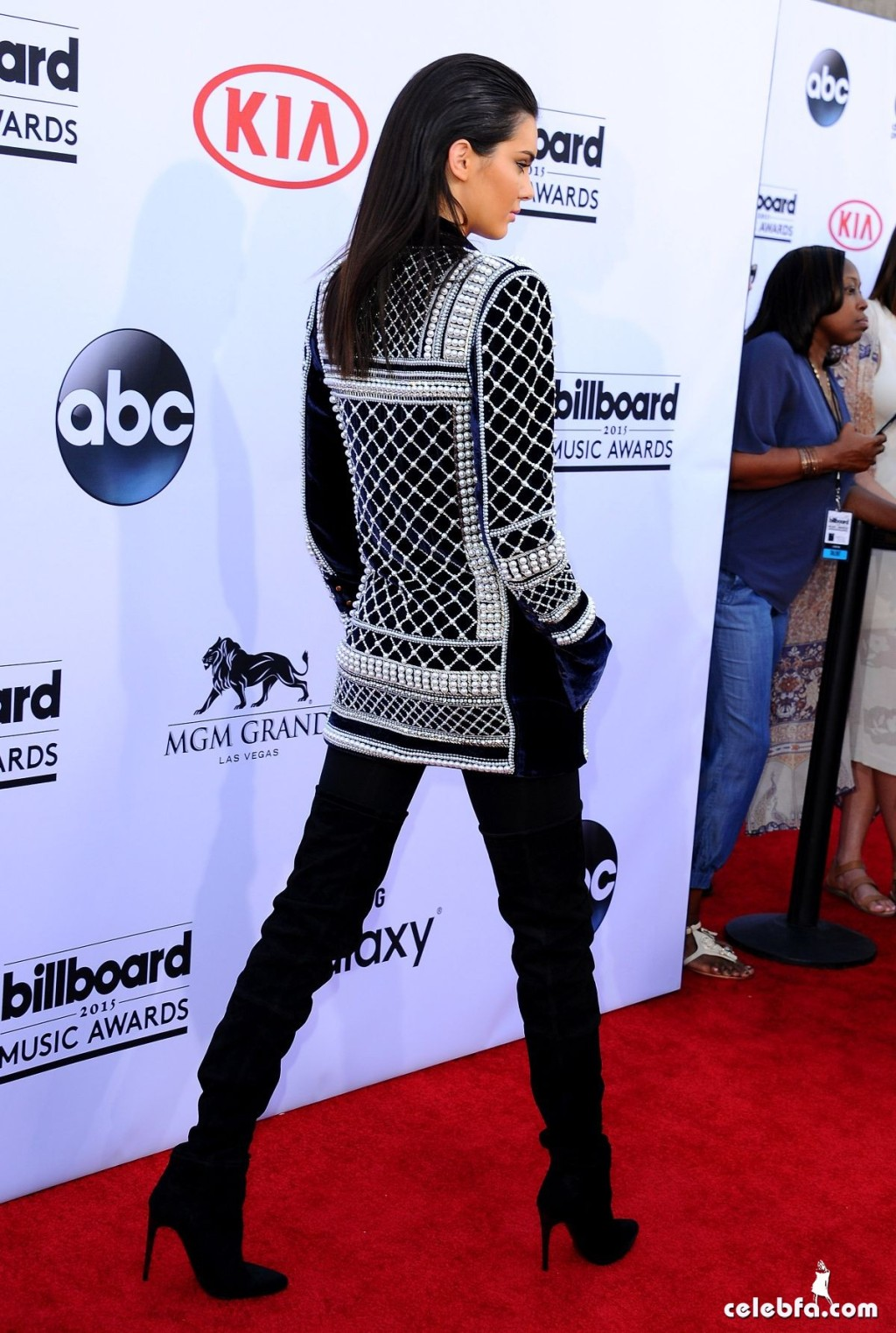 kendall-jenner-at-2015-billboard-music-awards (6)