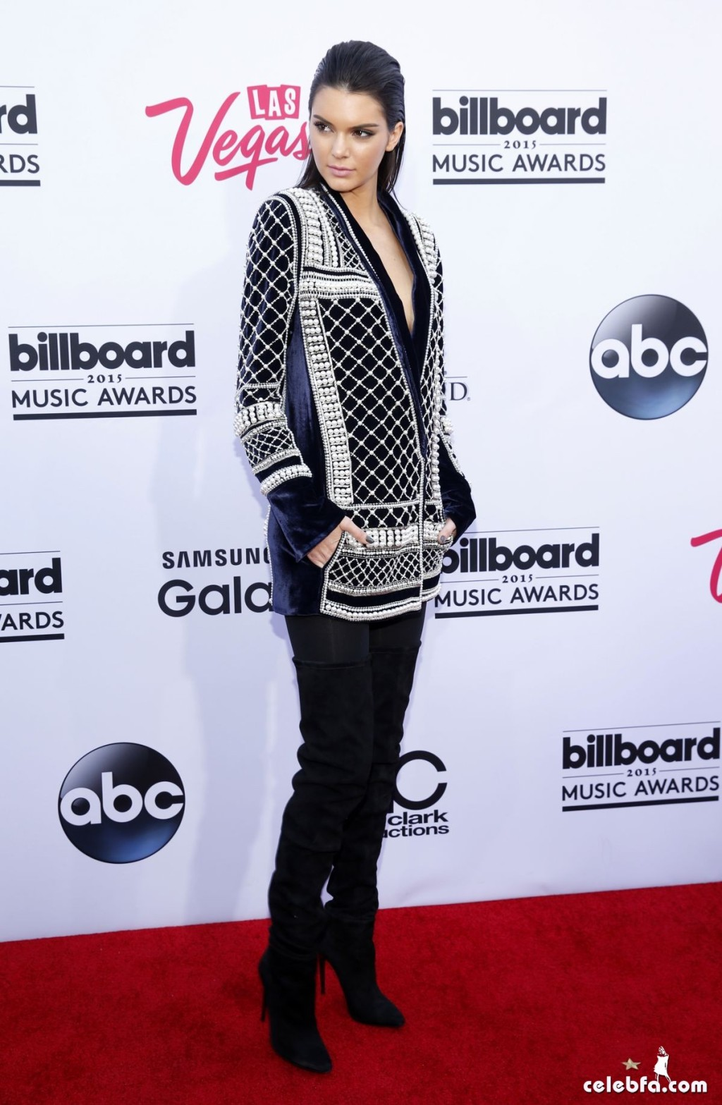 kendall-jenner-at-2015-billboard-music-awards (8)