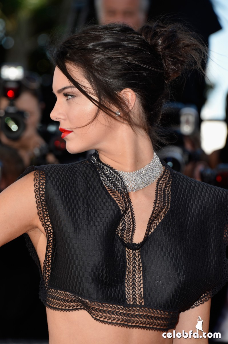 Kendall Jenner Cannes (7)