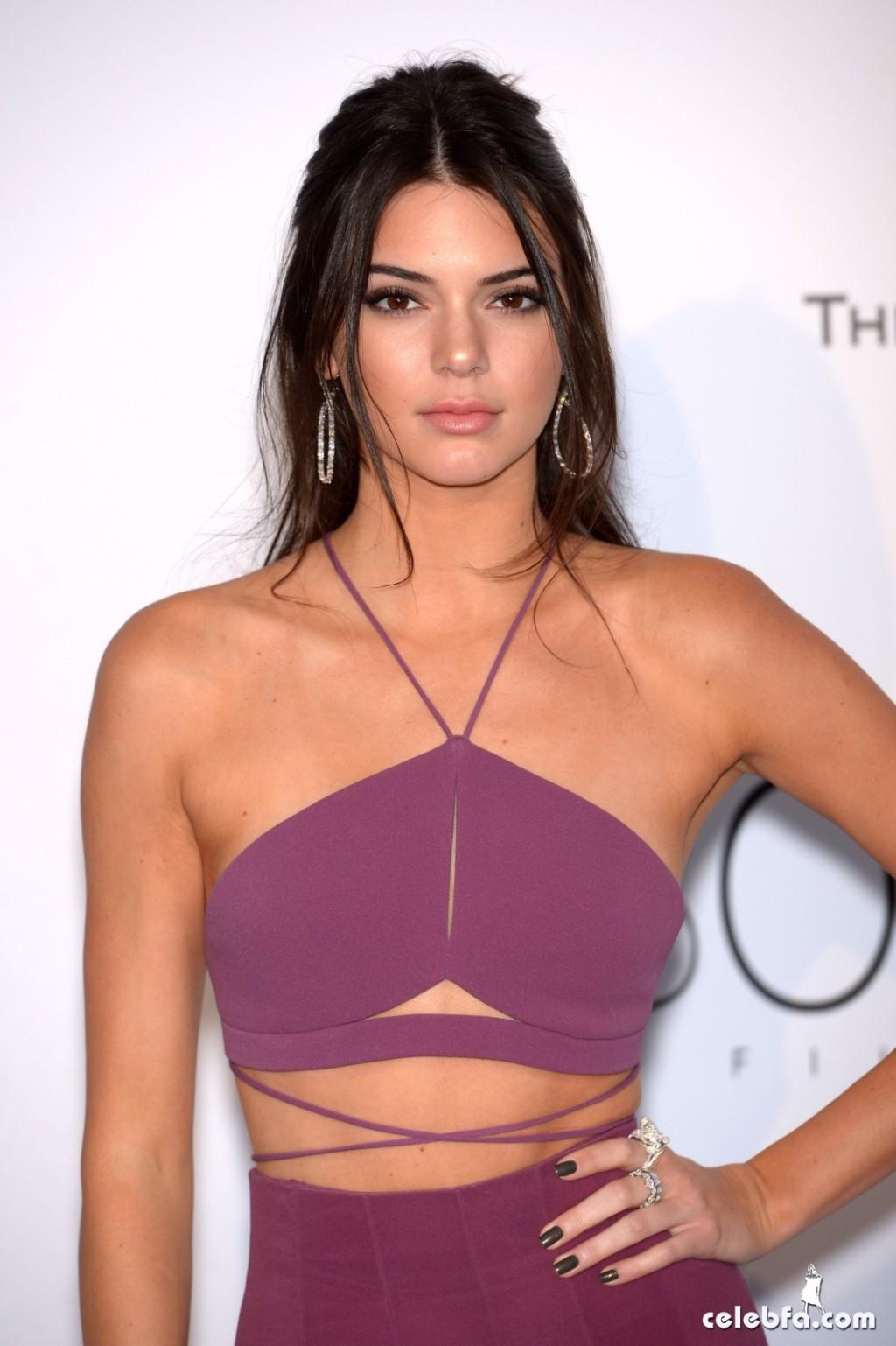 Kendall_Jenner_amfAR's Cannes Gala (13)