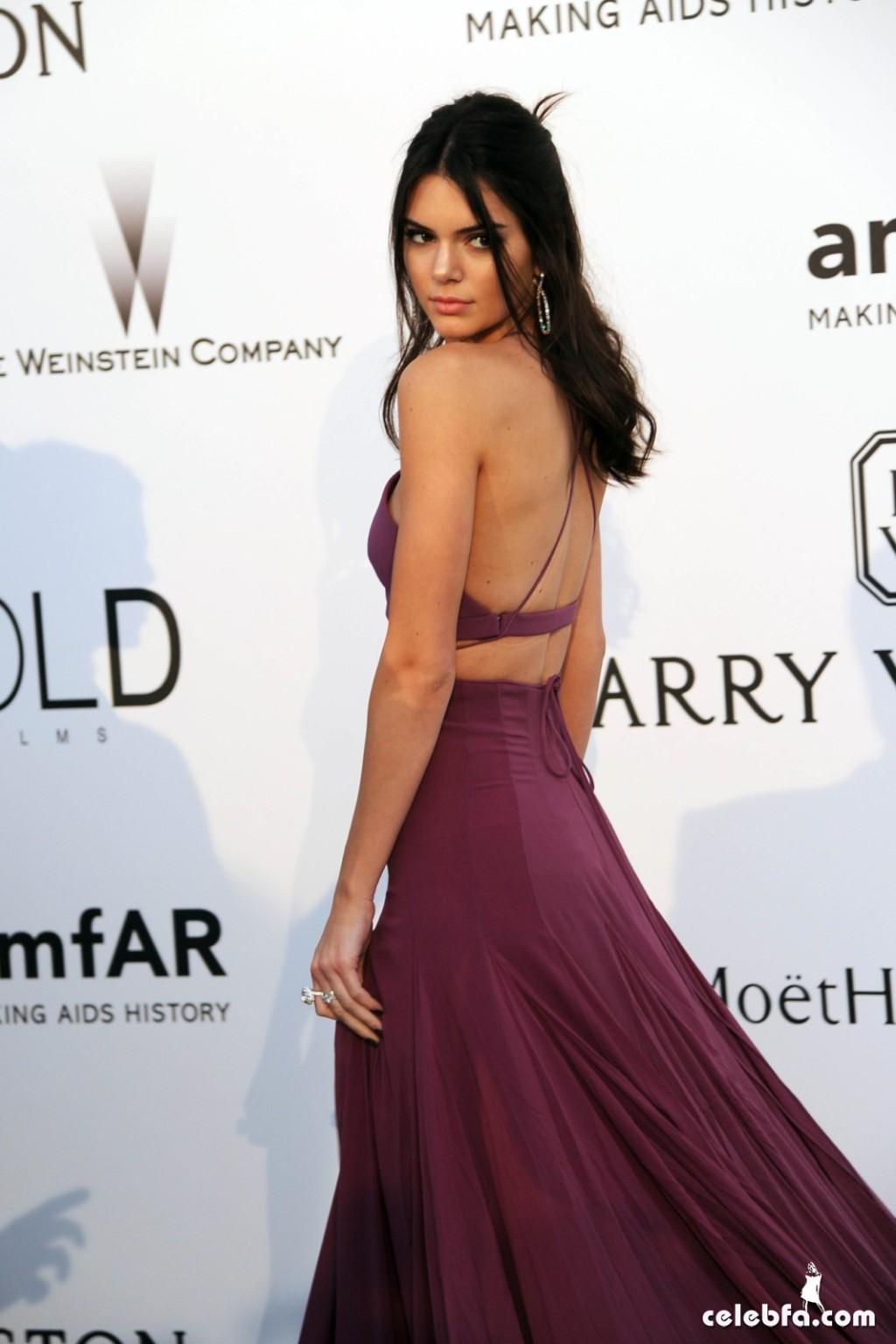 Kendall_Jenner_amfAR's Cannes Gala (17)