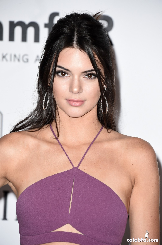 Kendall_Jenner_amfAR's Cannes Gala (19)