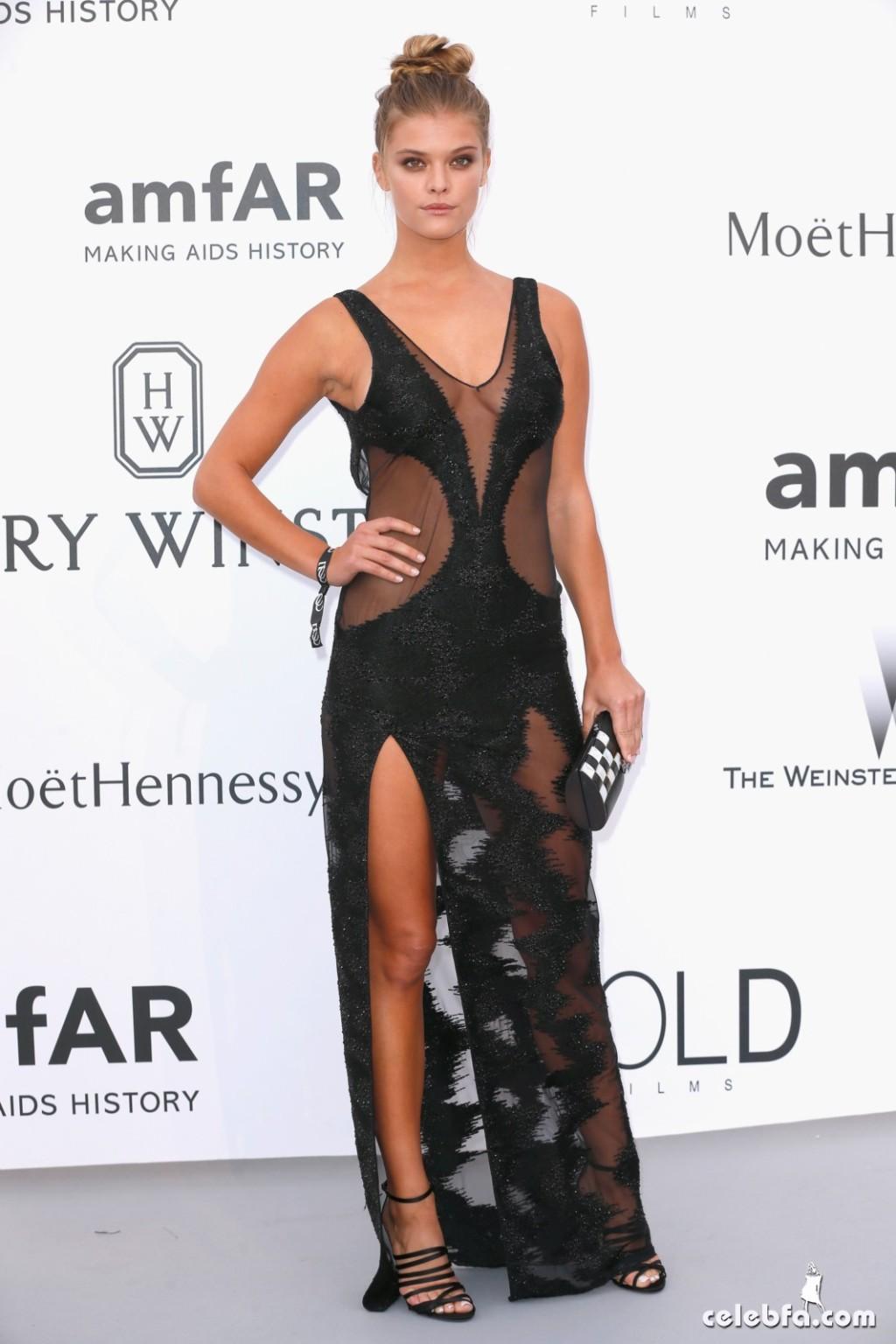 Nina_Agdal_amfAR's Cannes Gala (2)