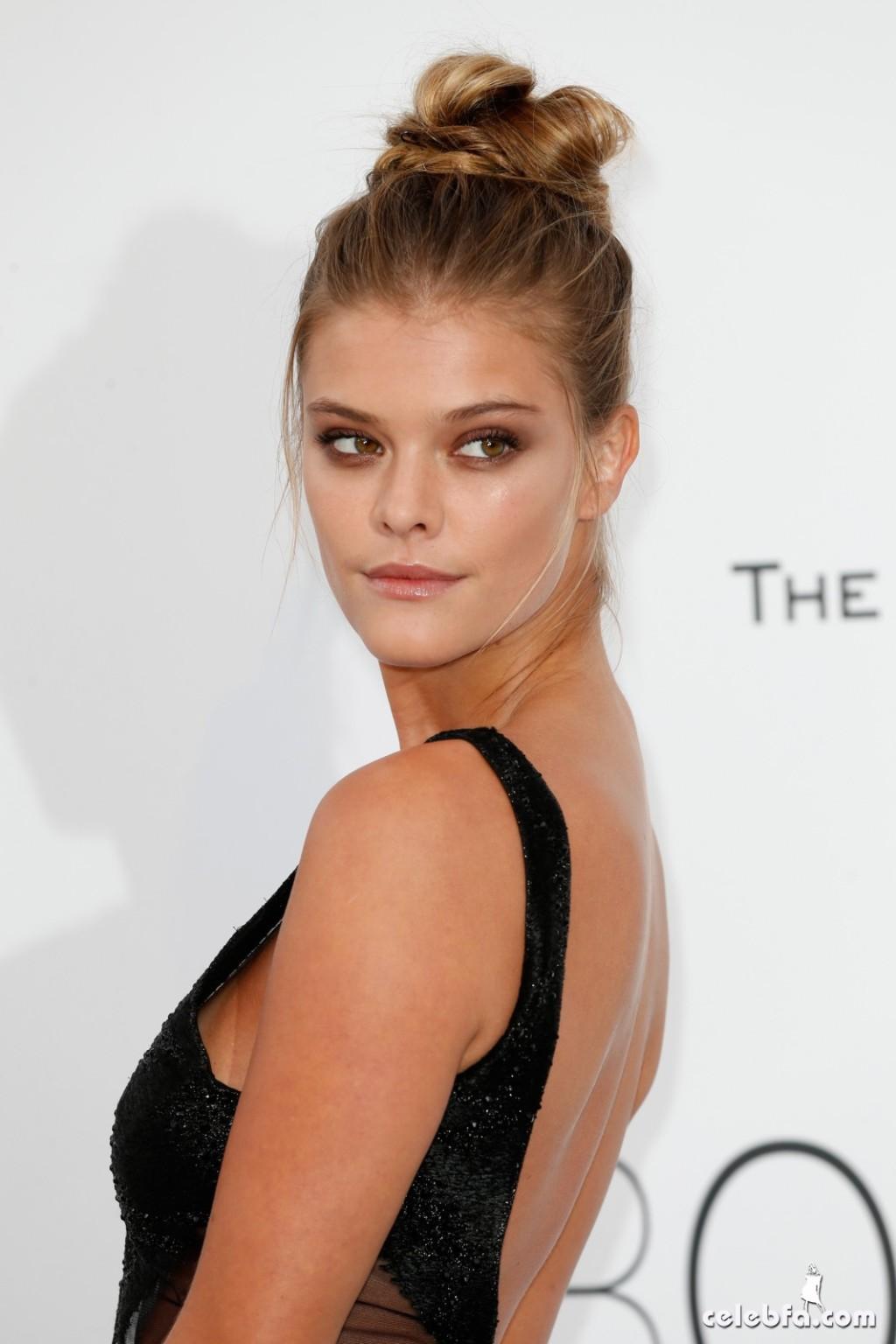 Nina_Agdal_amfAR's Cannes Gala (3)