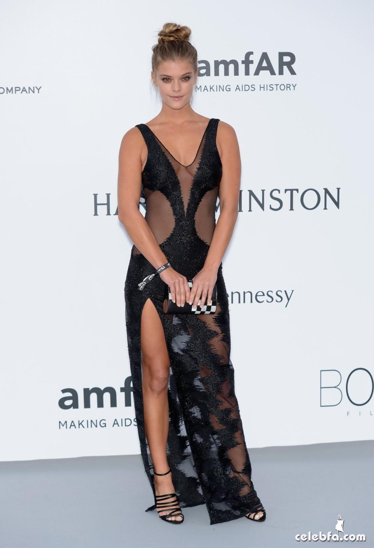 Nina_Agdal_amfAR's Cannes Gala (4)