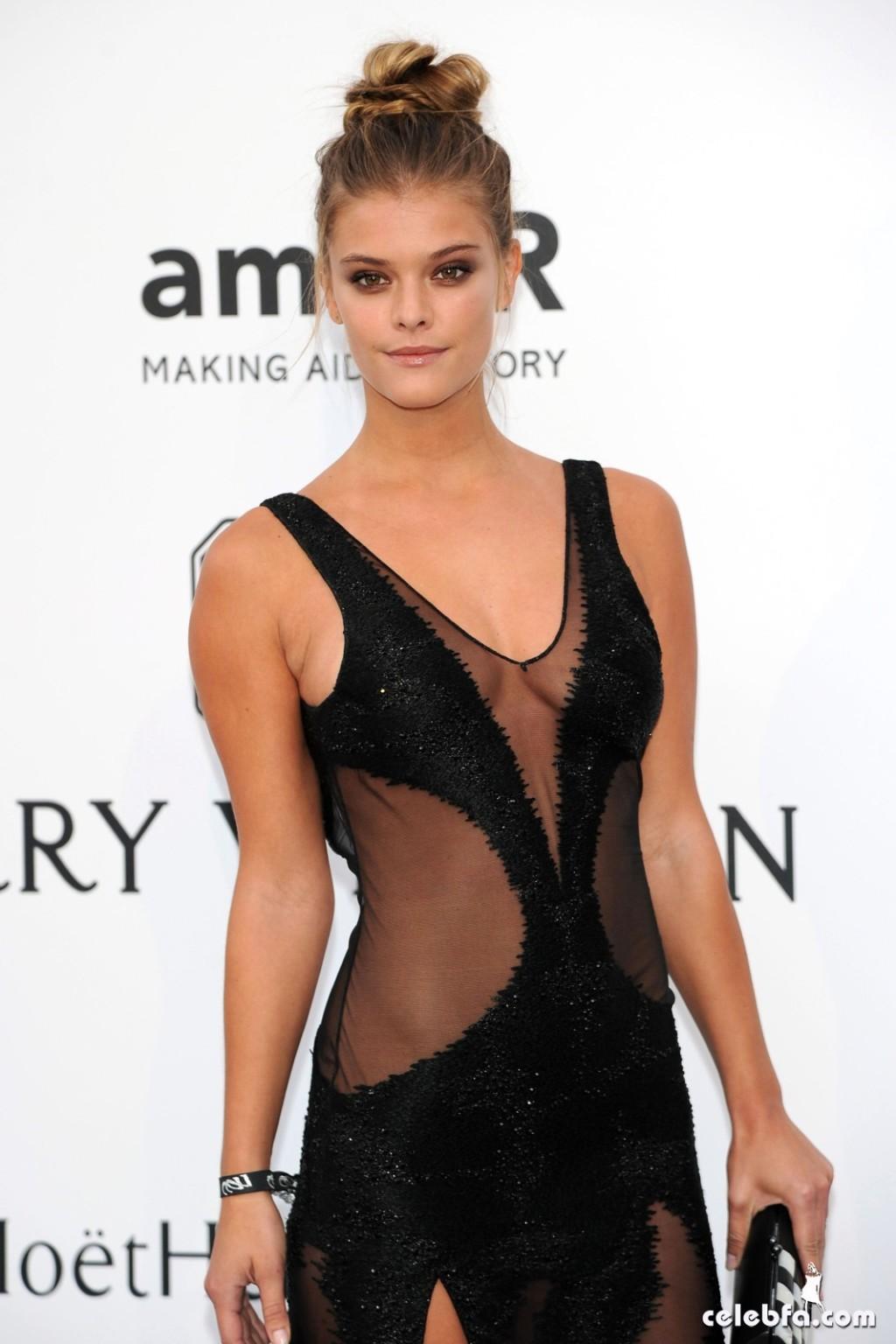 Nina_Agdal_amfAR's Cannes Gala (7)