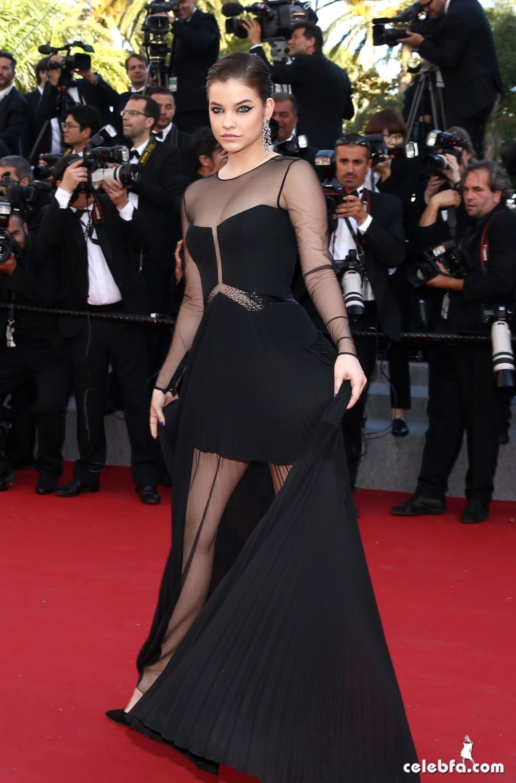 Palvin Barbara - 'Youth' premiere  Cannes (2)