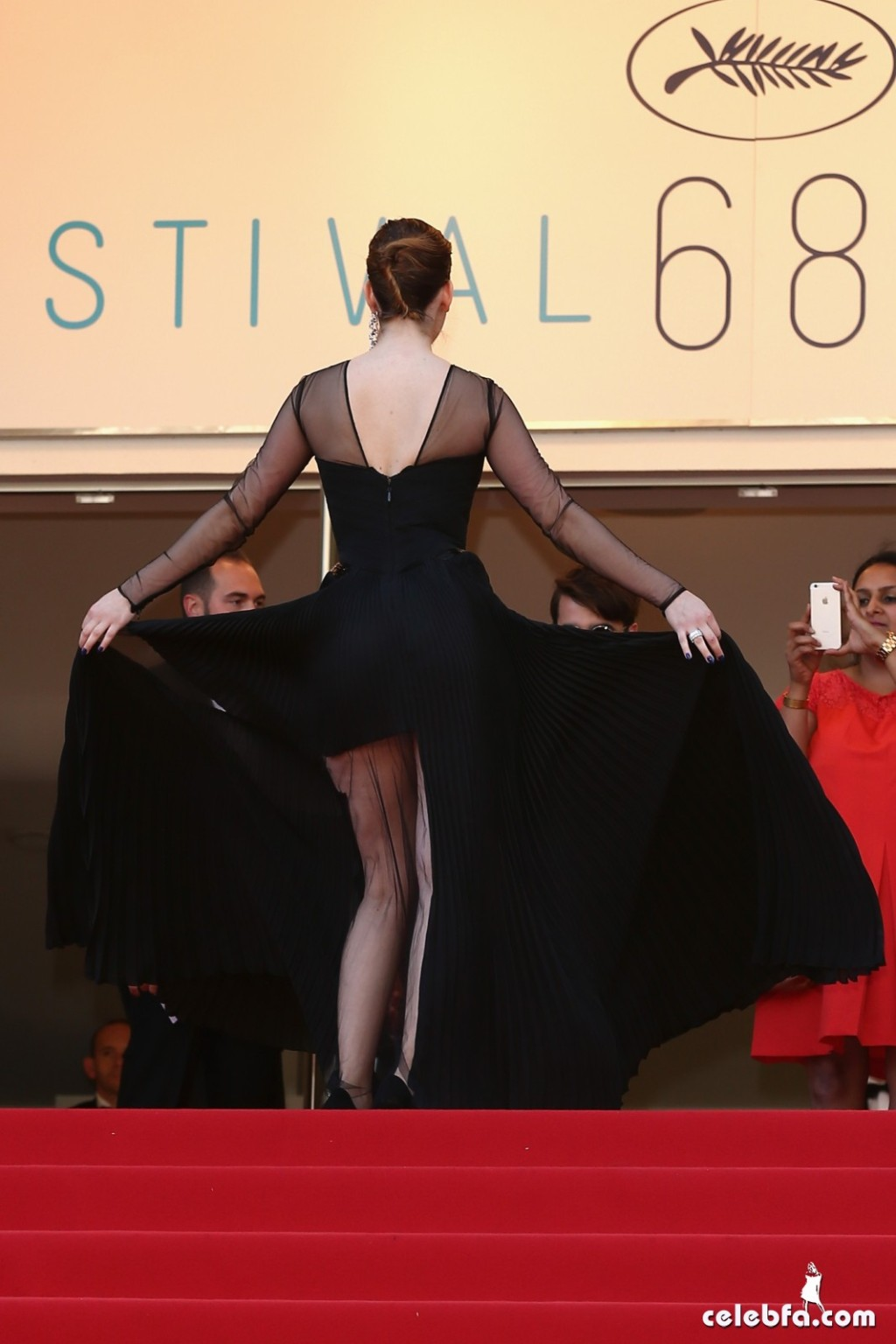 Palvin Barbara - 'Youth' premiere  Cannes (3)