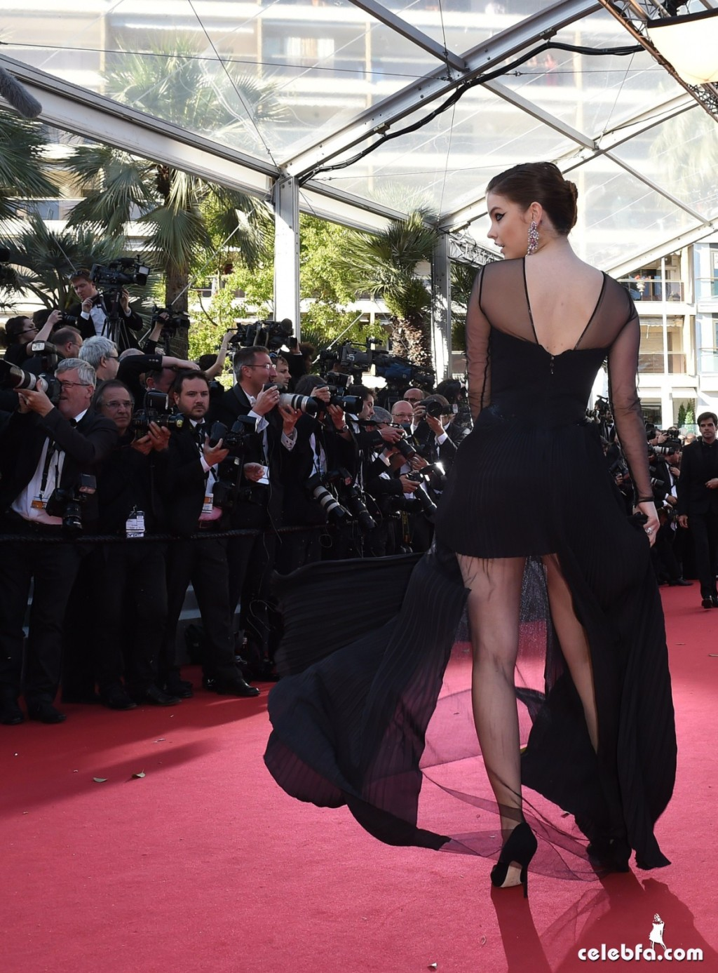Palvin Barbara - 'Youth' premiere  Cannes (6)