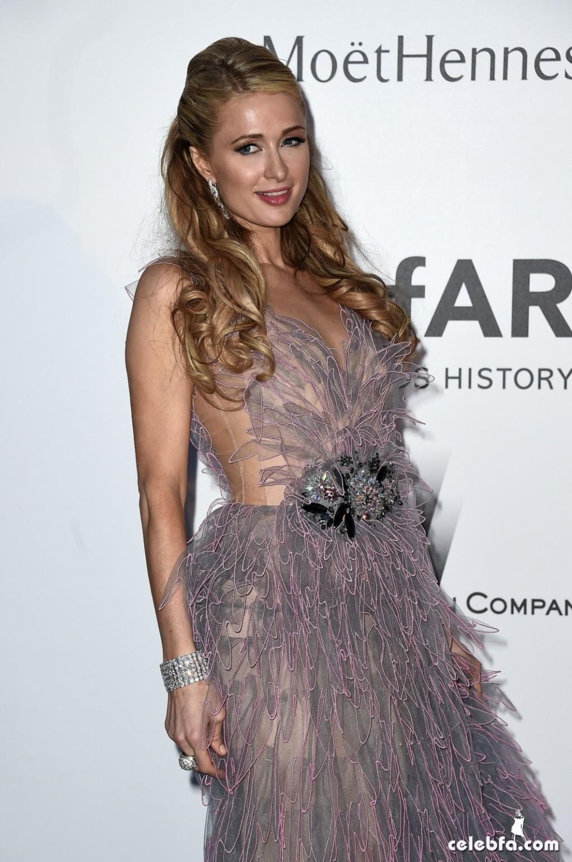 Paris Hilton_amfAR's Cannes Gala (1)