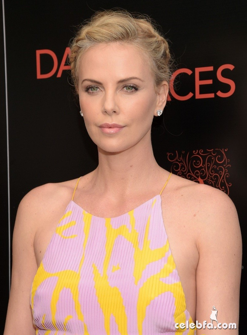 charlize-theron-dark-places (4)