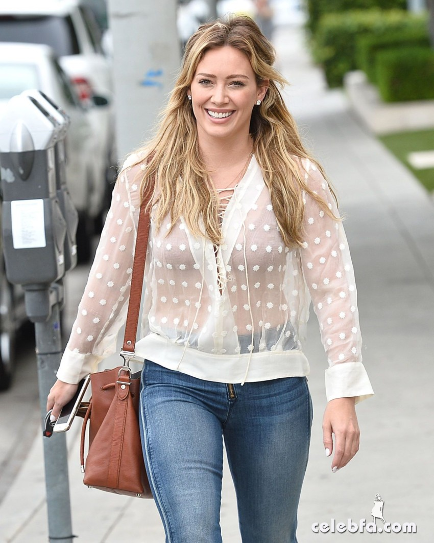 hilary-duff-in-west-hollywood (1)