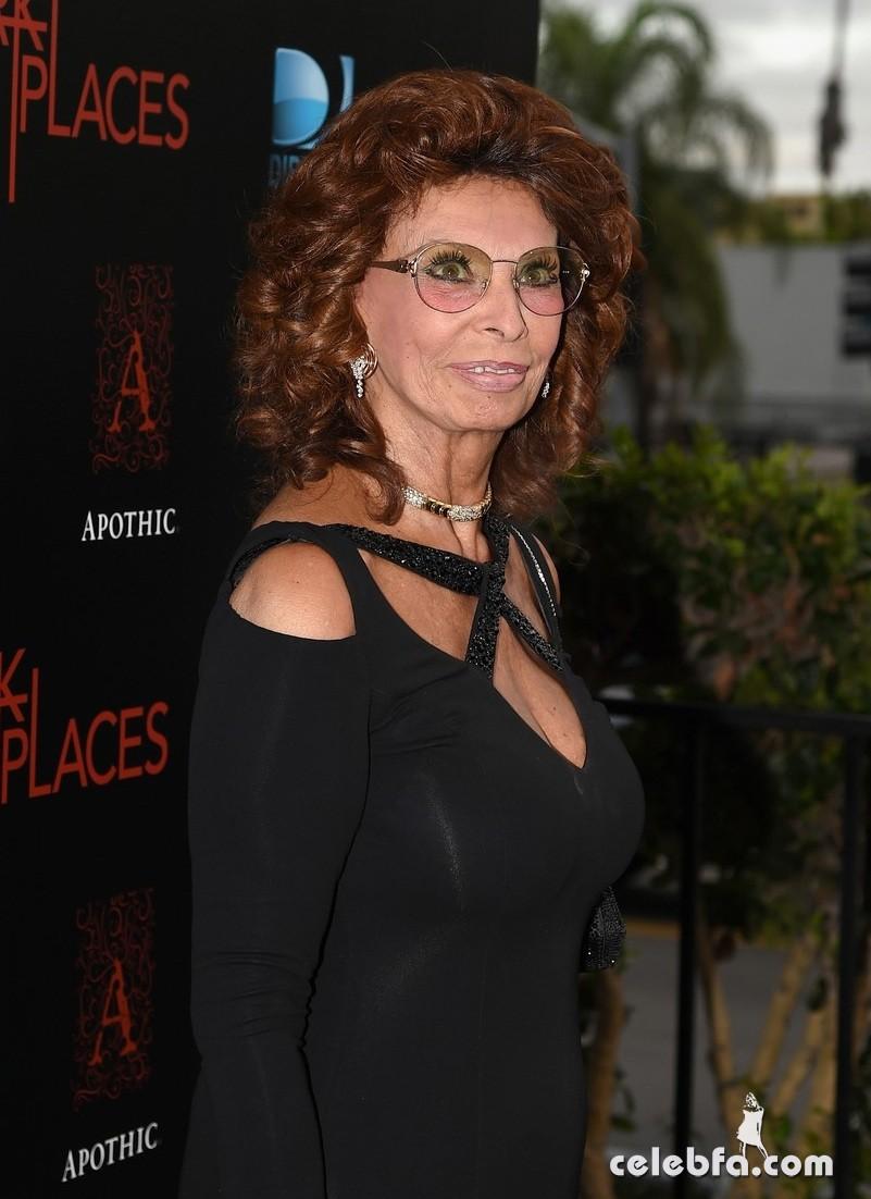 Sophia Loren dark-places (1)
