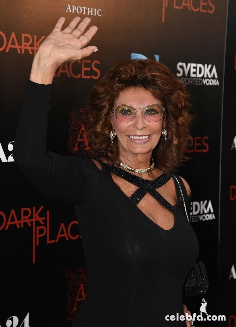 Sophia Loren dark-places (5)