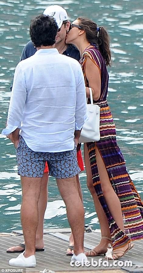 Bradley Cooper & Irina Shayk (11)