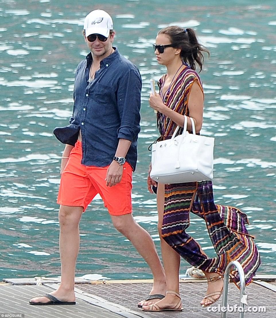Bradley Cooper & Irina Shayk (13)