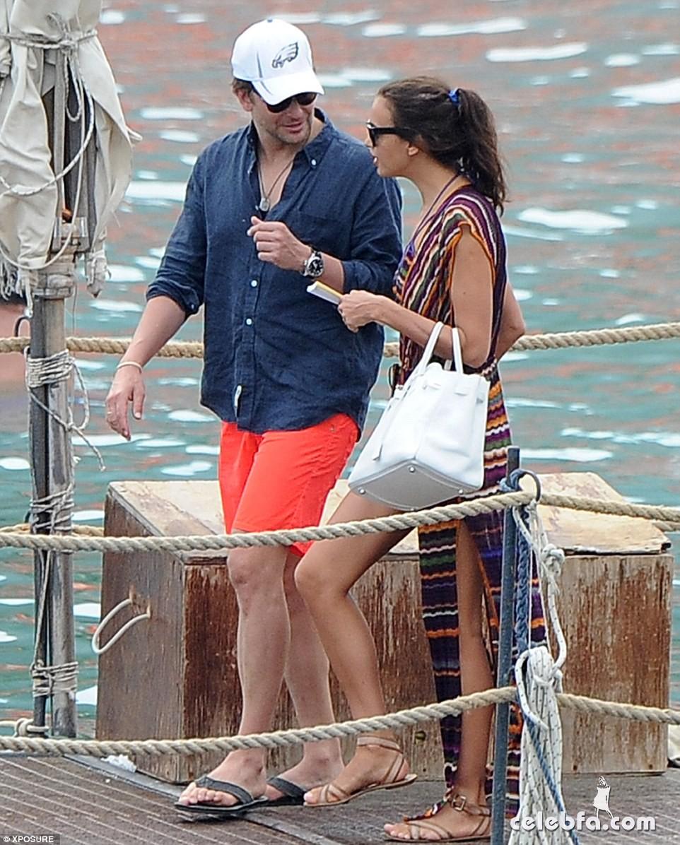 Bradley Cooper & Irina Shayk (14)