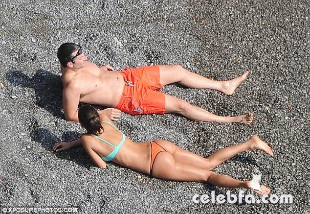 Bradley Cooper & Irina Shayk (19)