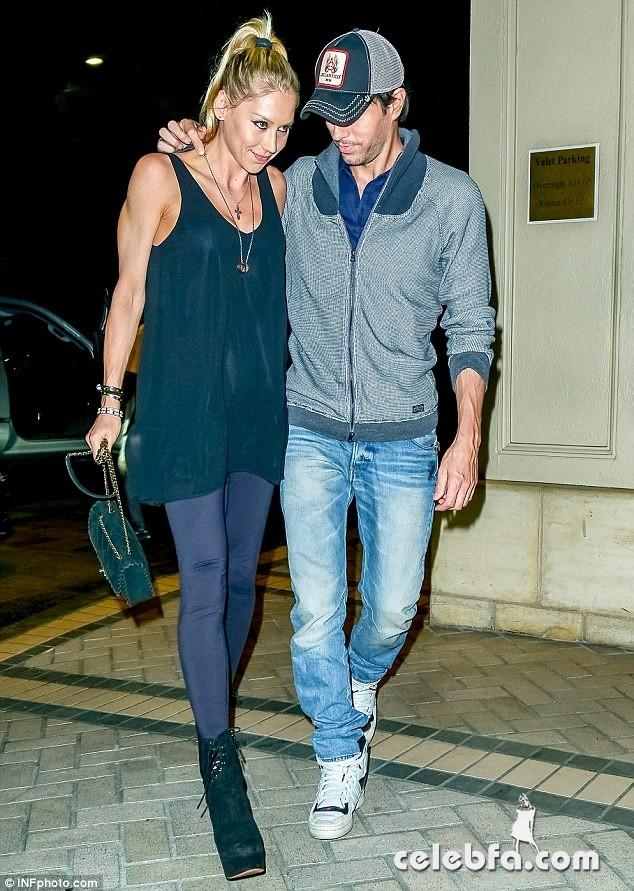 Enrique Iglesias & Anna Kournikova (2)