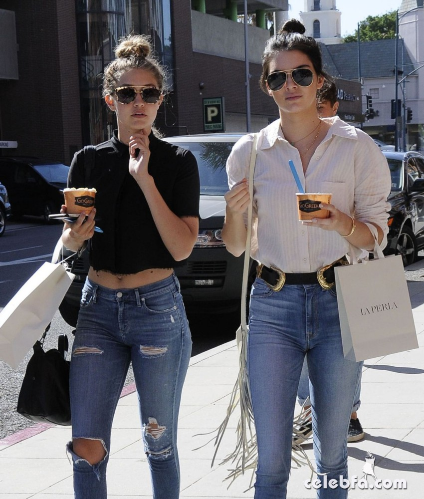 kendall-jenner-and-gigi-hadid-out-and-about-in-beverly-hills (1)