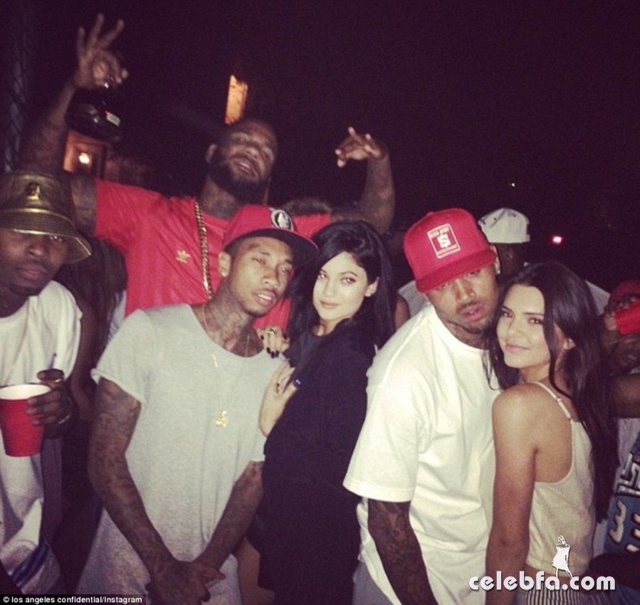 Kylie_Jenner_and_boyfriend_Tyga (5)