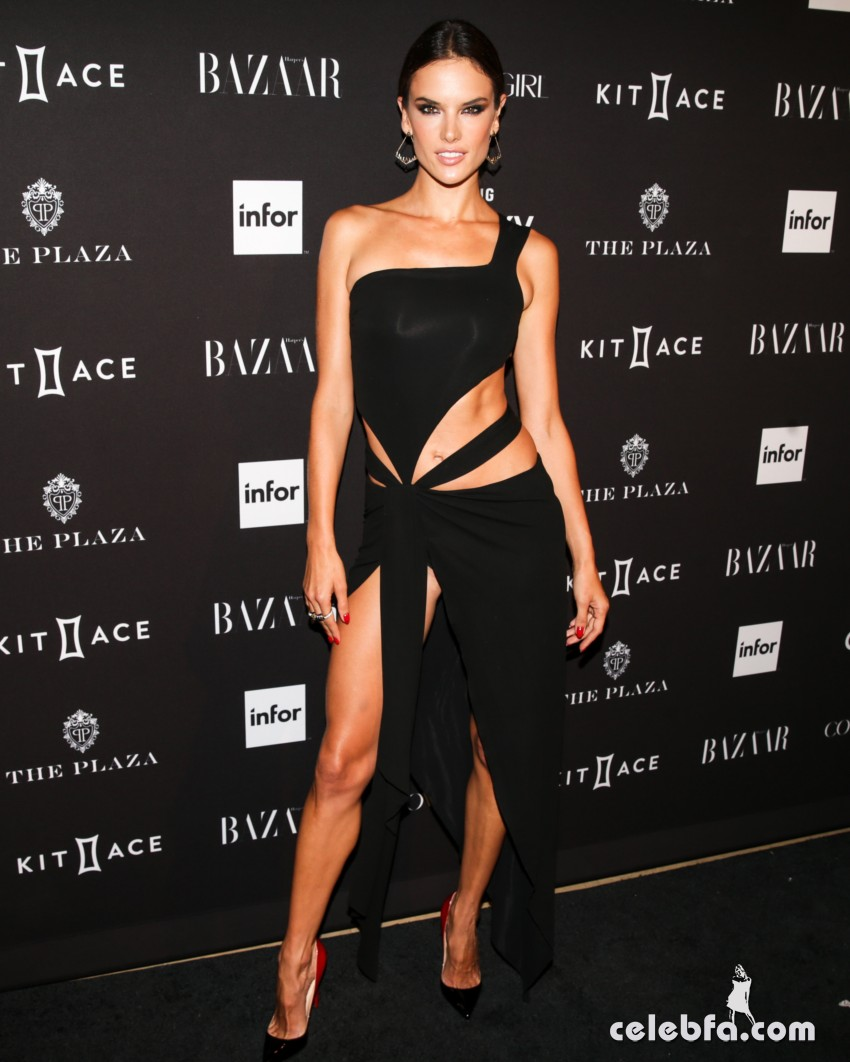 alessandra-ambrosio-at-2015-harper-s-bazaar-icons-event-in-new-york-09-16-2015 (1)